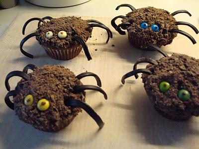 Edderkop cupcakes. Halloweenkager