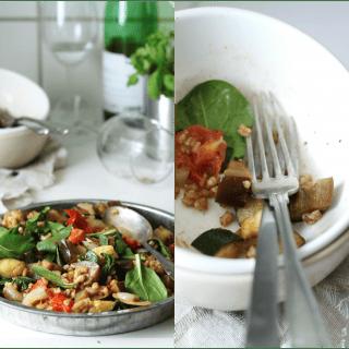 Lun salat med ovnbagte grøntsager, kerner og varme krydderier