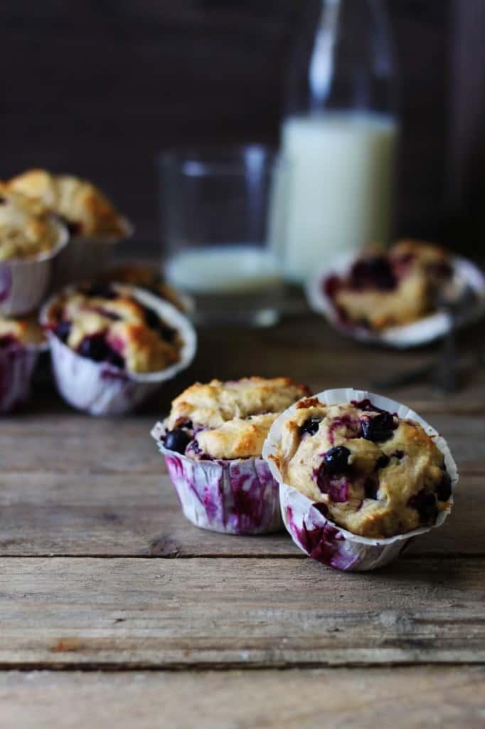 muffins med marcipan og yoghurt