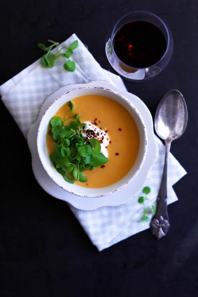 Cremet hokkaido græskarsuppe med varme krydderier