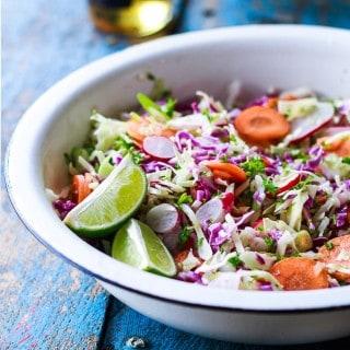 Mexicansk salat / spidskålsalat med lime og chili