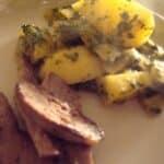 krydrede-kartofler-med-spinat-og-lammestrimler