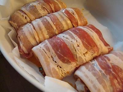 Sejfilet rullet med abrikos/tomatpesto og bacon