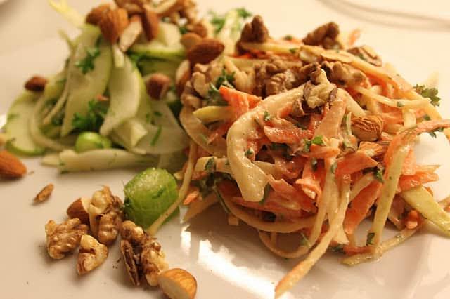 Grøn fennikelsalat og arabisk coleslaw