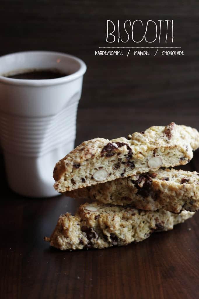BISCOTTI med kardemomme, mandel og chokolade
