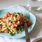 Salat med med kerner og krydret dressing