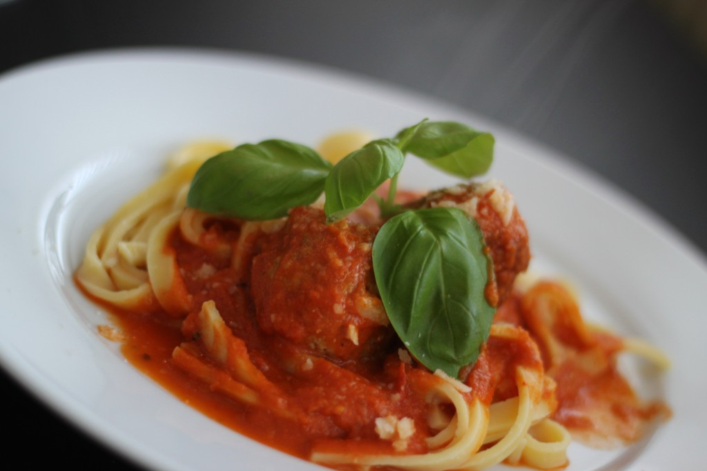 Spaghetti og meatballs - Spaghetti and meatballs