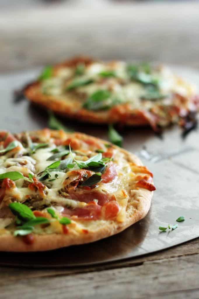 Pizza på pitabrød