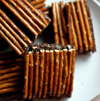 brownies med saltstænger
