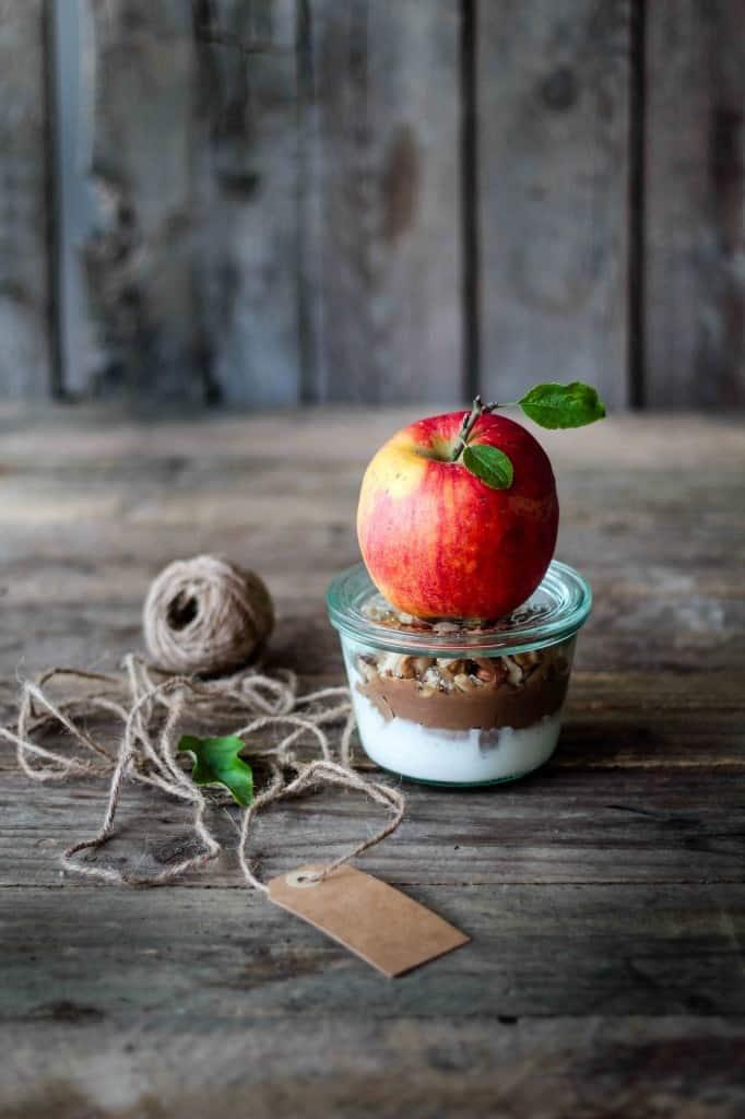 Æbler med knasende karameldip