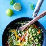 Hverdagsmad - wok medmarineret mørbrad og sprøde grøntsager