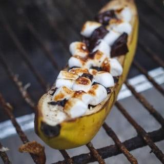 Banan på grill - banan smores - opskrift med banan