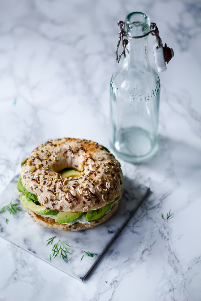 grove bagels - opskrift bagelse - avocado sandwich