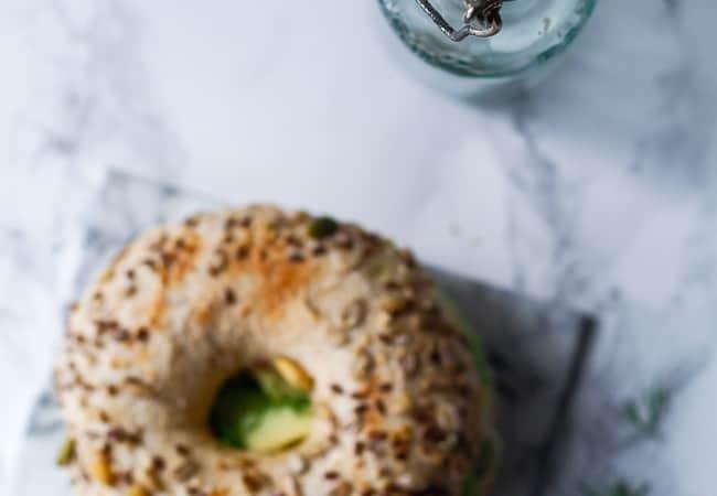 grove bagels - opskrift bagelse - avocado sandwich