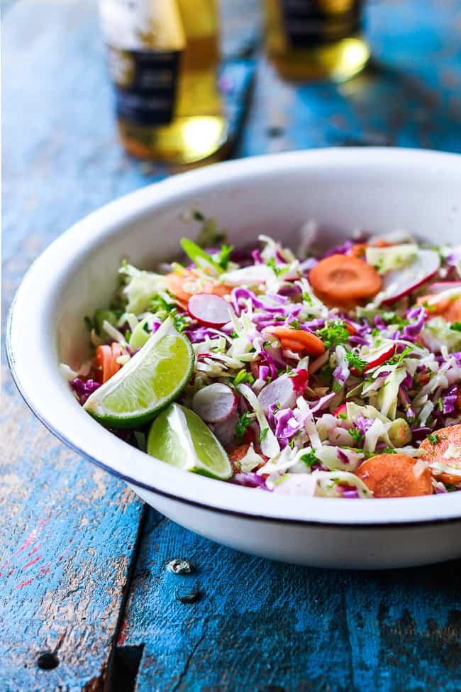 Mexicansk salat – spidskålsalat med lime og chili