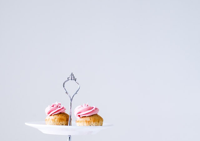 champagne cupcakes med frosting - muffins - festmad - opskrift