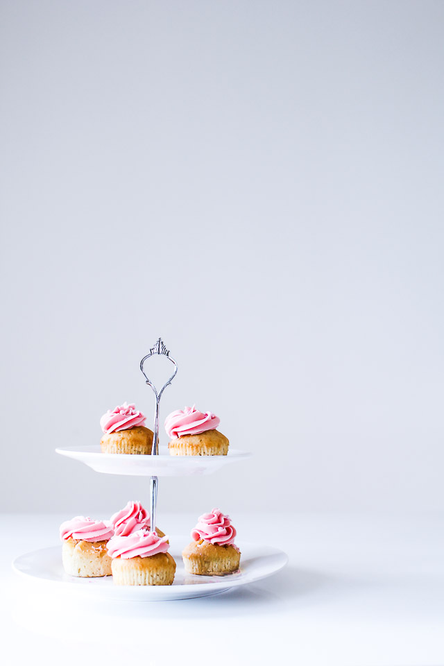 Champagne Cupcakes m. granatæblefrosting