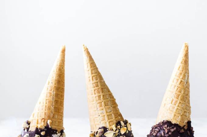 Hjemmelavet is på kondenseret mælk - mintis - karamelis - hindbæris - opskrift på is