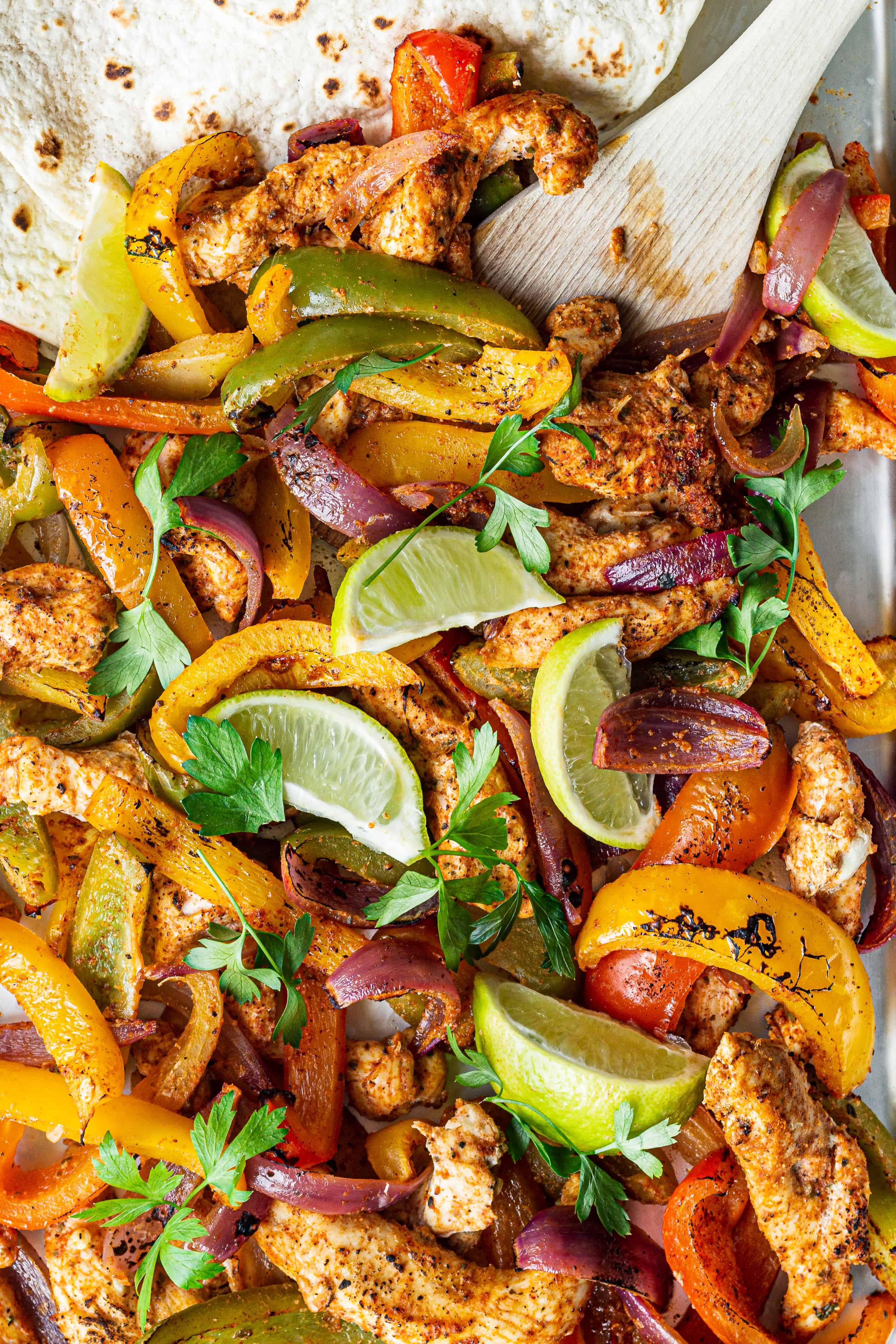 Fajitas med kylling og peberfrugt - opskrift på mexicansk mad (2)