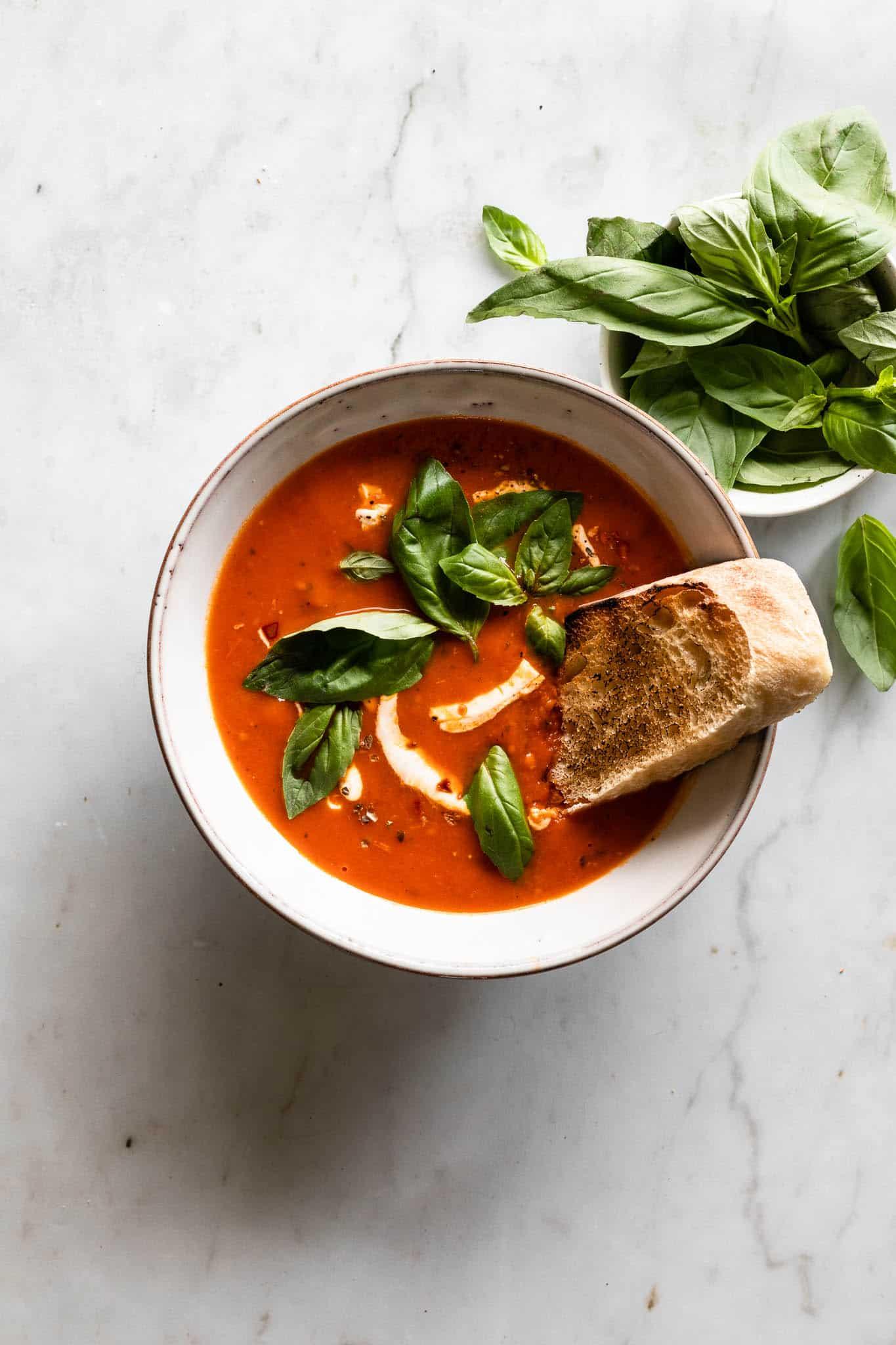 Tomatsuppe - opskrift på hjemmelavet tomatsuppe
