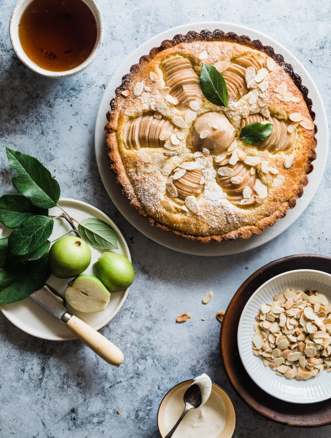 Pæretærte - opskrift på nem tærte med pærer