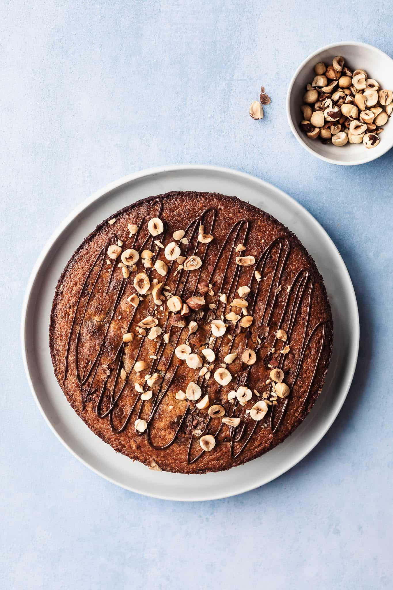 Glutenfri kage - nøddekage med marcipan og chokolade uden mel